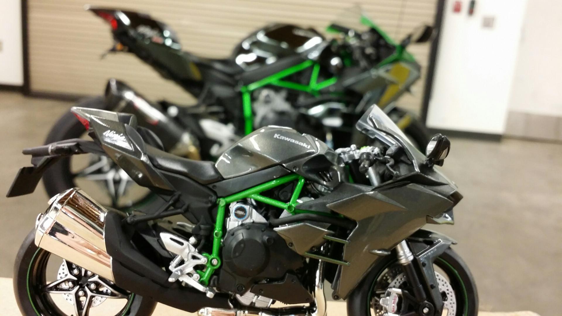 1/12 scale model H2s & H2Rs on eBay - Kawasaki Ninja H2 Forum